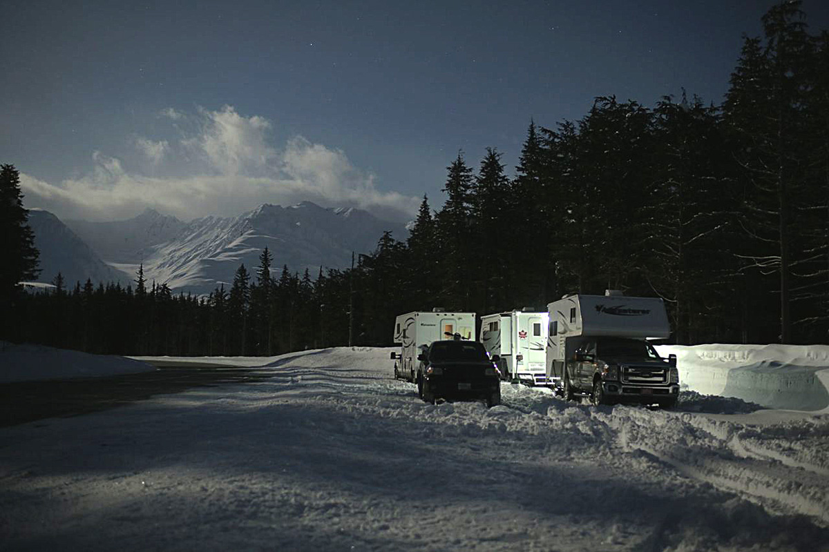 Camping on the Alaska / Canada border